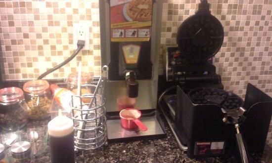 Innisfail, Canada: waffle station