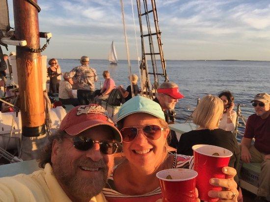แคมเดน, เมน: Schooner Appledore II Windjammer Cruise