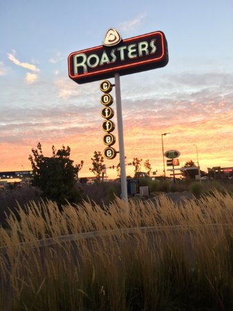 Pasco, WA: view of the sunrise in Pasoc at Roasters