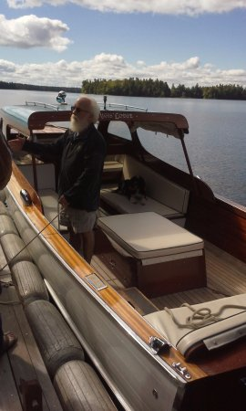 South Casco, ME: Tour of the Sebago Lake with the Owner
