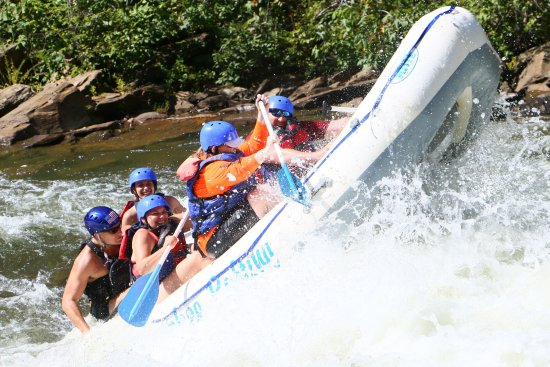 Cherokee Rafting : Unbelievable 1st time experience with Tucker as our guide.