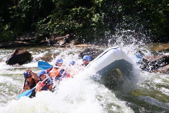 Cherokee Rafting : photo3.jpg