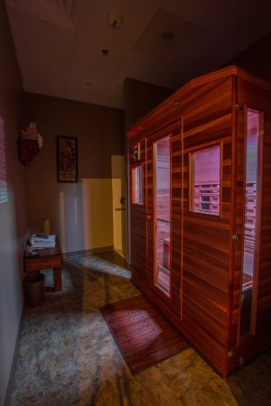 Menomonee Falls, Ουισκόνσιν: Infrared Sauna Therapy | Infrared Sauna Suite
