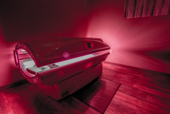 Menomonee Falls, WI: Red Light Therapy | Red Light Room