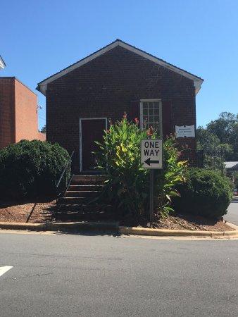 Hillsborough, Carolina del Norte: Old law building