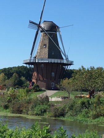 Windmill Island Gardens: photo1.jpg