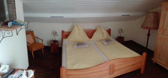 Afritz, Austria: camera matrimoniale