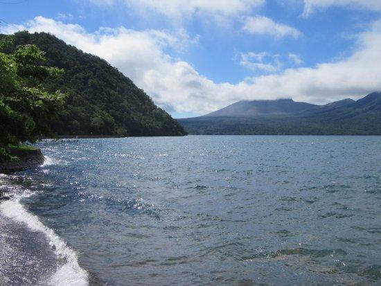 Chitose, Japon : 支笏湖温泉から見た支笏湖