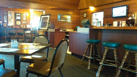Maple Grove, MN: A Peek inside