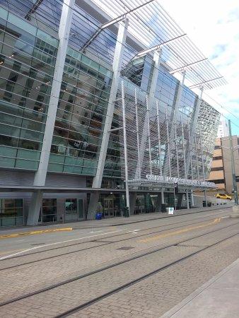 Tacoma, WA: Main entrance to center