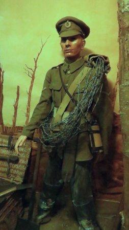 Hooge Crater museum: Uniform