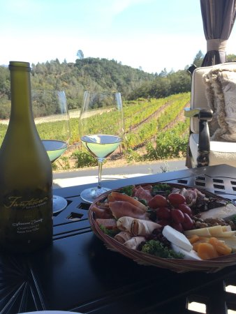 St. Helena, CA: Magnum Tours