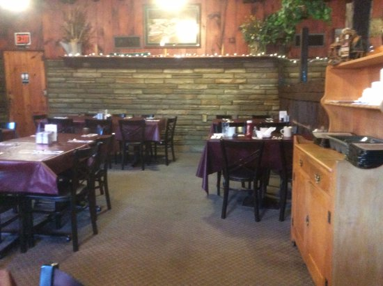 Ticonderoga, estado de Nueva York: Dining area