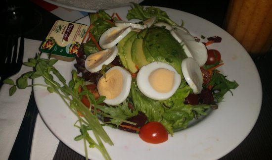 Southport, Australie : green salad