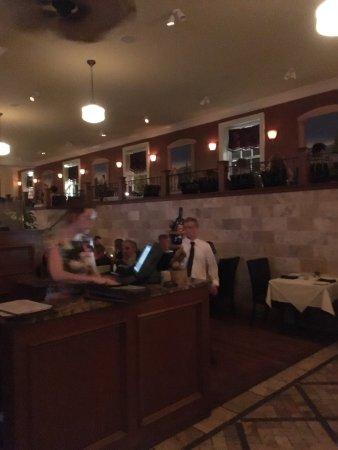 Esca Restaurant & Wine Bar : photo2.jpg