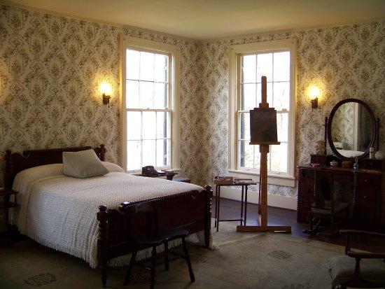 Oxford, MS: His wife Estelle's bedroom