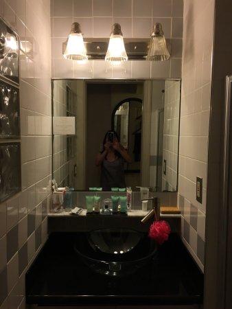 Chelsea Pines Inn: photo2.jpg