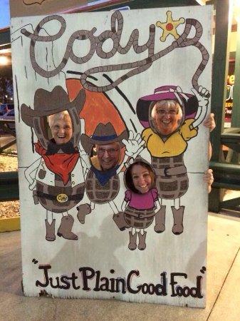 Sebring, Φλόριντα: Three cowgirls and a lone cowboy!