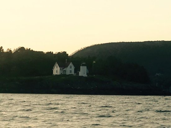 Camden, ME: Curtis Island and lighthouse on the Schooner Surprise
