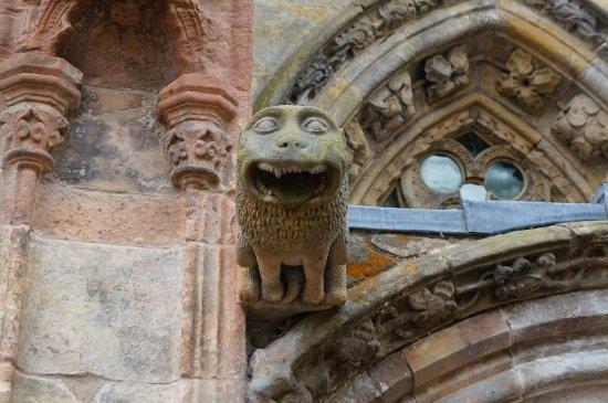 Roslin, UK: Entrance to Roslyn Chapel