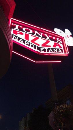 Tony's Pizza Napoletana: photo4.jpg