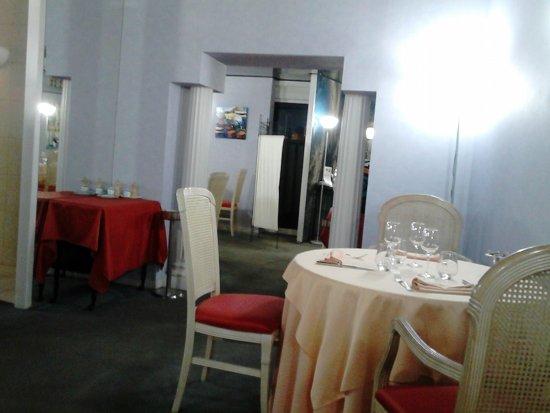 Agen, Prancis: Une des salles