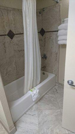 Inlet Tower  Hotel & Suites: DSC_3483_large.jpg