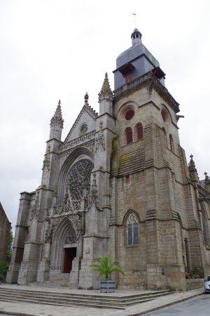 Fougeres, Frankrig: Eglise Saint Leonard - exterieur