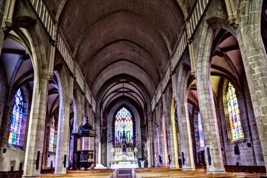 Fougeres, Frankrig: Eglise Saint Leonard - intérieur