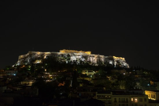 Plaka Hotel: Akropolis at night