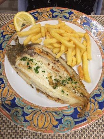 Hotel Gardenia: Food
