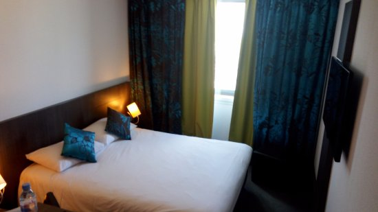 Ibis Styles Lyon La Part-Dieu: cozy room