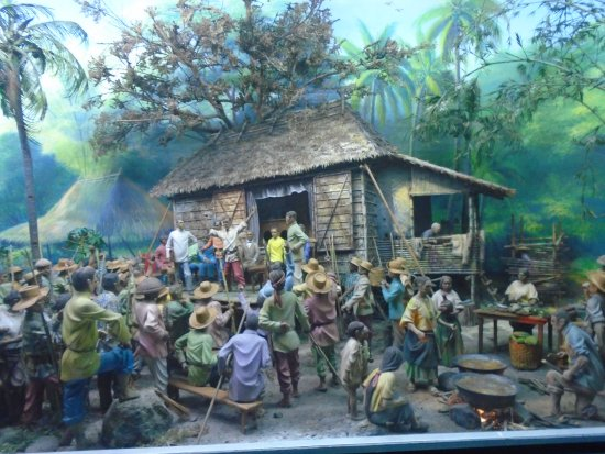 A diorama of Philippine History! - Picture of Ayala Museum, Makati ...