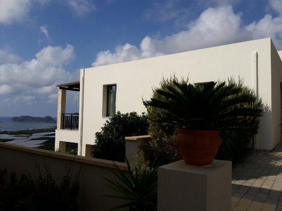 Roubini Hotel - Apartments