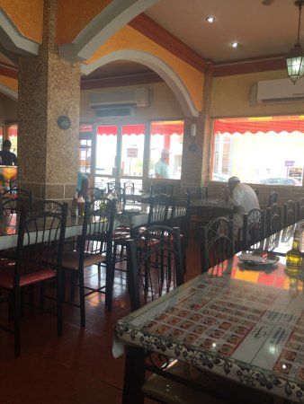 المحرق, البحرين: Alshoala restaurant Muharraq