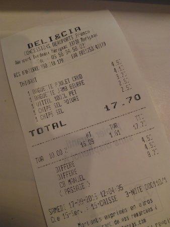 Мериньяк, Франция: Déjeuner chez DELI&CIA. 2€50 un paquet de chips tout petit !