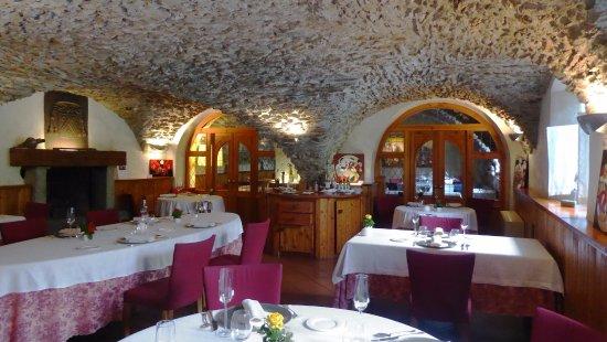Gignod, Italien: La romantica sala da pranzo