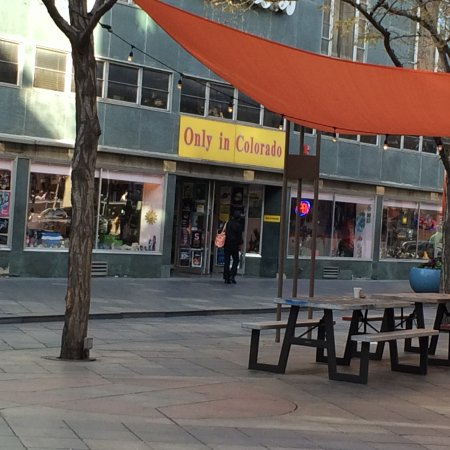 16th Street Mall: Local shops