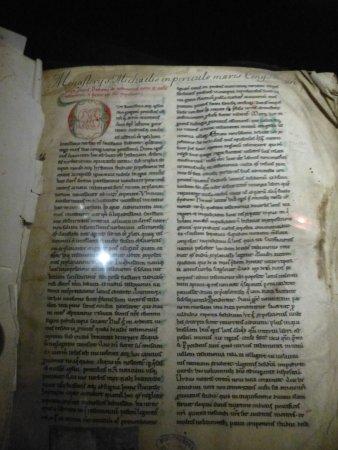 Avranches, Francia: Commentaires du pape Grégoire le Grand XIIè siècle