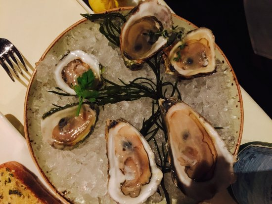 Burlington, MA: Mixed oysters