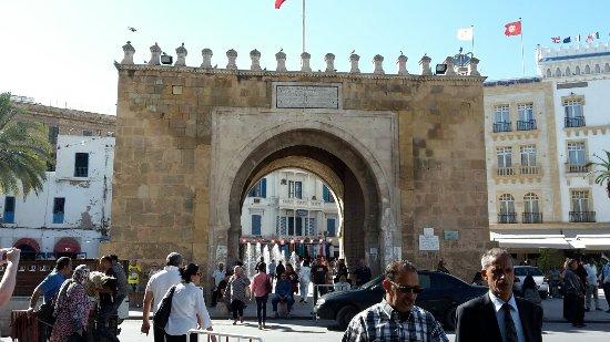 Medina de Túnez: 20160922_205846_large.jpg