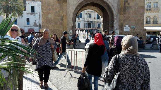 Medina de Túnez: 20160922_205858_large.jpg
