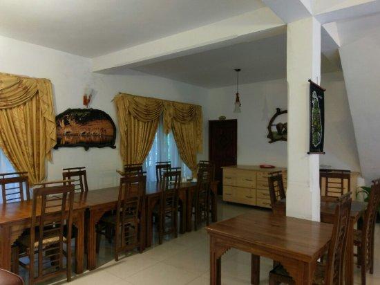 Oak Wood Inn Kandy Hotel : IMAG2084_large.jpg