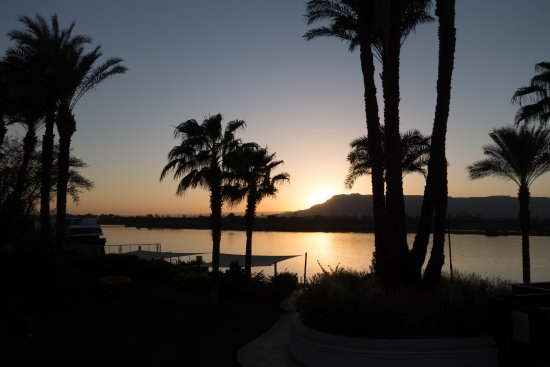 Hilton Luxor Resort & Spa: My Nile View at sunset