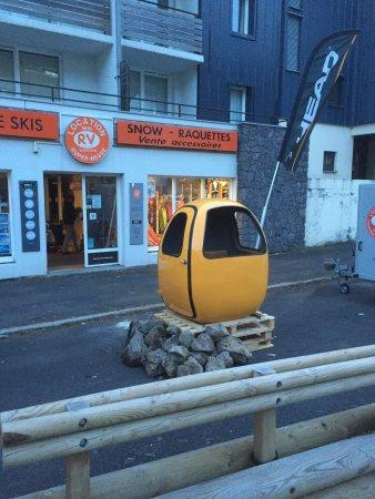 Besse-et-Saint-Anastaise, Francia: les premiers oeufs de superbesse, fallait aimer l'aventure!!