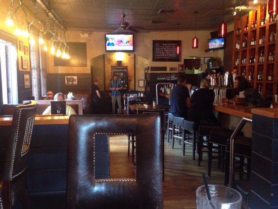 Simsbury, CT: Plan B at One-Way Fare