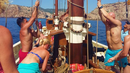 The Andrea Jensen Boat Trip: All hands on deck