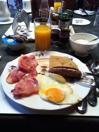 Merlin B&B: Breakfast