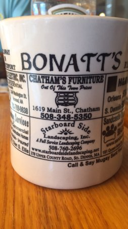 Bonatt's Bakery & Restaurant: Crazy good menu selection. Service was outstanding.  The coffee was free flowing and wonderful.