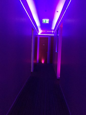 Junction Hotel: The amazing corridor lighting!